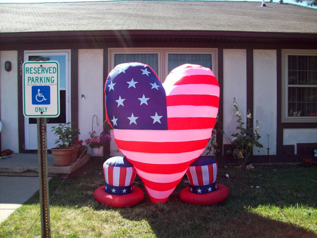 Two Hearts Patriotic Inflatable