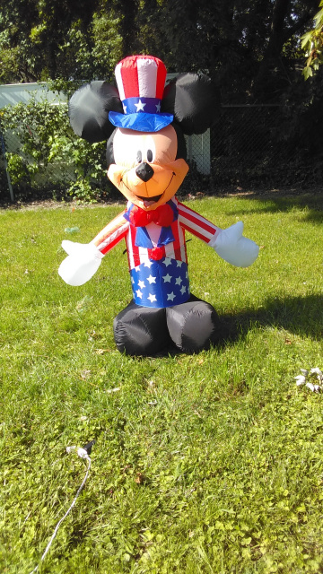 Mickey Mouse Patriotic Inflatable 2019